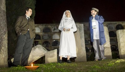 Visita teatralitzada nocturna al Cementiri de Vilafranca